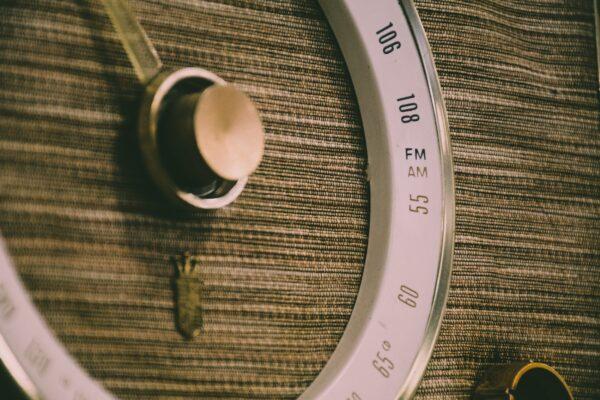 communication inventions - radio - Signewords